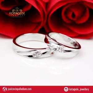 Cincin Kawin Couple Emas Putih Berlian Berkualitas Dan