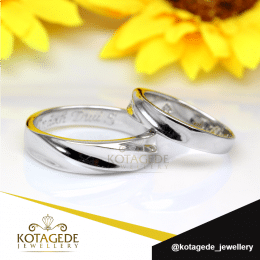 Cincin Kawin Platinum Model Simple Pt116WG