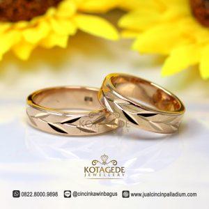 Cincin Kawin Couple Emas Rose Gold Ukir Daun Jogja M162RG