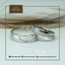 cincin sepasang model simpel