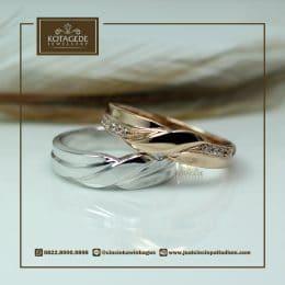 cincin emas spiral couple