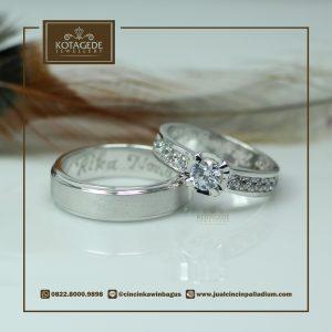 Cincin Kawin Atau Cincin Tunangan Platinum Couple PT0001