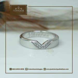 Cincin Kawin Atau Cincin Tunangan Platinum P054
