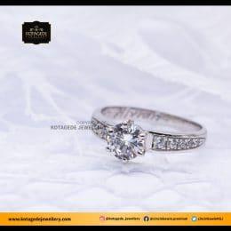 Cincin Kawin Tunangan Wanita Emas Putih Solitare Big Diamond WG0098
