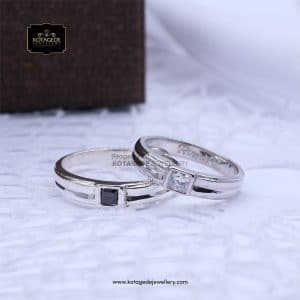 Cincin Kawin Tunangan Palladium Emas Putih Black Diamond PD0150WG