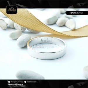 Cincin Kawin Tunangan Emas Putih Standar Elegant WG0224