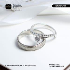 Cincin Kawin Tunangan Platinum Emas Putih Standart PT0219WG
