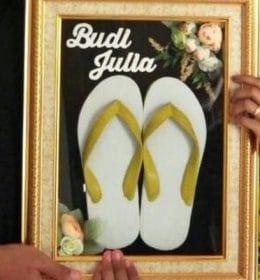 """Sandal Jepit """"Istimewa"""" dari Kebumen"""