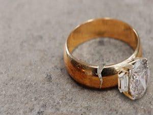 cincin tidak mudah patah